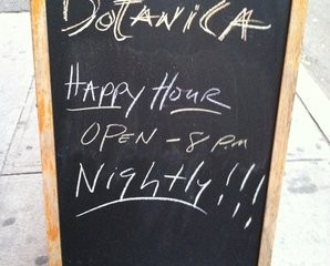 Happy-hour-at-Botanica