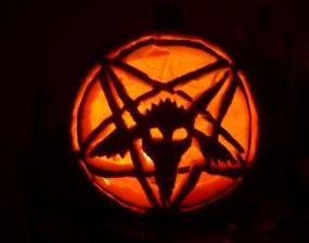 Baphomet_Pumpkin_Carving