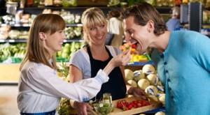food-sampling-grocery-store-broke-ass-stuart