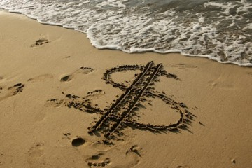 offshore-banking-investing-beach1