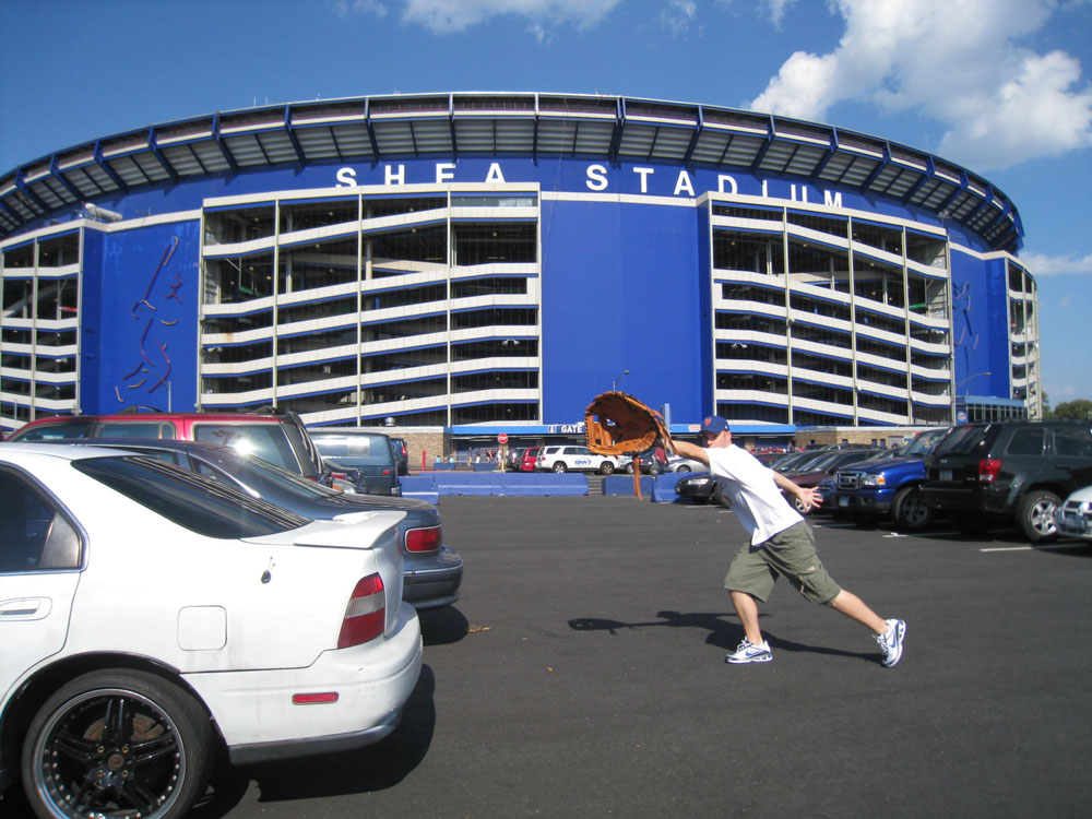 Photo Credit: Zack Hample The Baseball Collector zackhample.mlbblogs.comhttp://zackhample.mlblogs.com/2008/08/08/8608-at-shea-stadium/