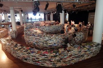 book-maze