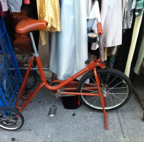 used-records-paradise-the-thing-comics-junk-bike