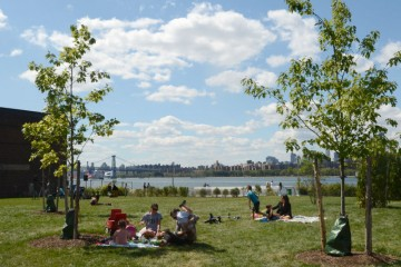 Best -of-Broke-Ass-Greenpoint:-transmitter-park