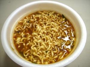 nong-shim-bowl-noodle-soup-hot-spicy