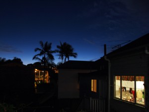 sunset-gonow-hostel-brisbane-south-bank