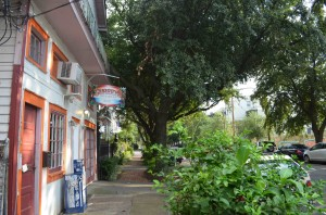 Surrey's Cafe and Juice Bar (Lower Garden District)