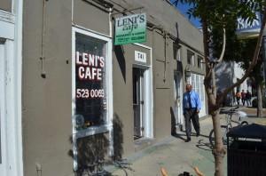 Leni's Cafe