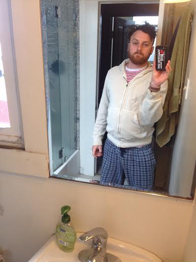 broke-ass-stuart-selfie