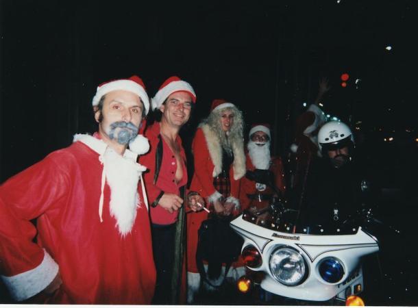 Santas_610x450