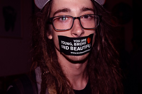 Young-Broke-Beautiful-Party-Dardy-Bar-Broke-Ass-Stuart-NYC-Sticker-Mouth