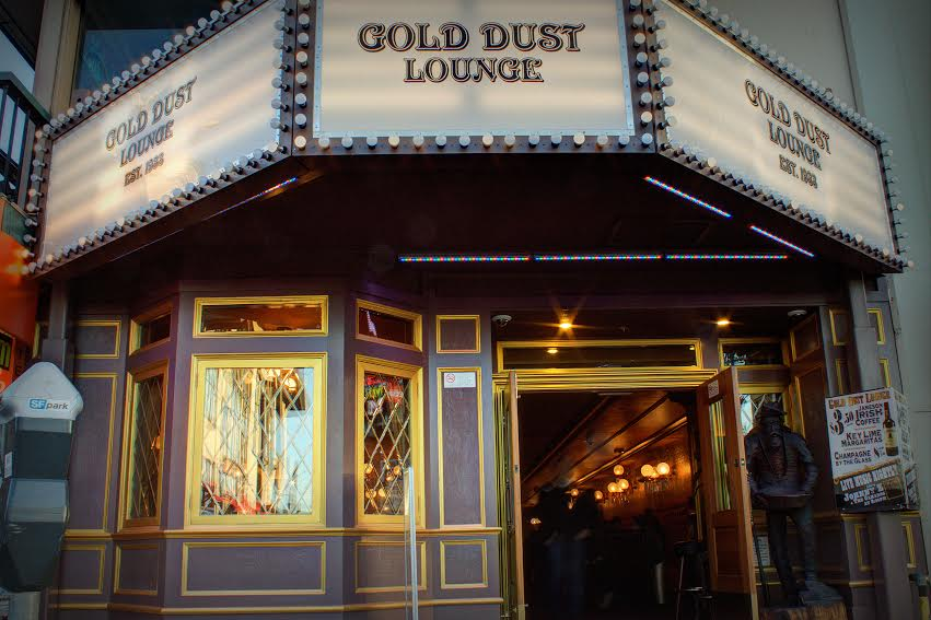 gold-dust-lounge