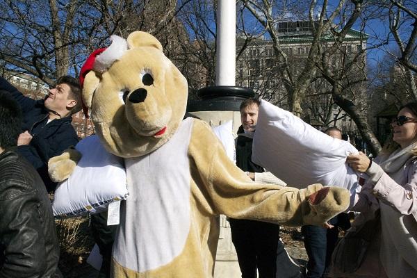 Pillow-Fight-NYC-Washington-Square-Park-Broke-Ass-NYC-Bear