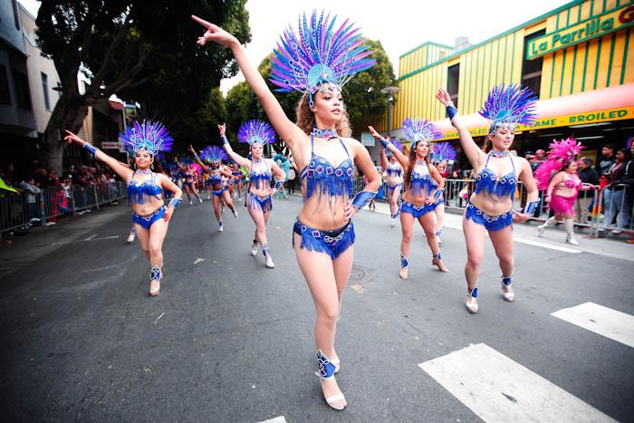 06GreenLostLand_Carnival2015_HannaQuevedo__May2015_Web