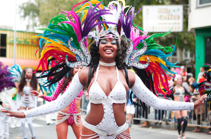 14GreenLostLand_Carnival2015_HannaQuevedo__May2015_Web