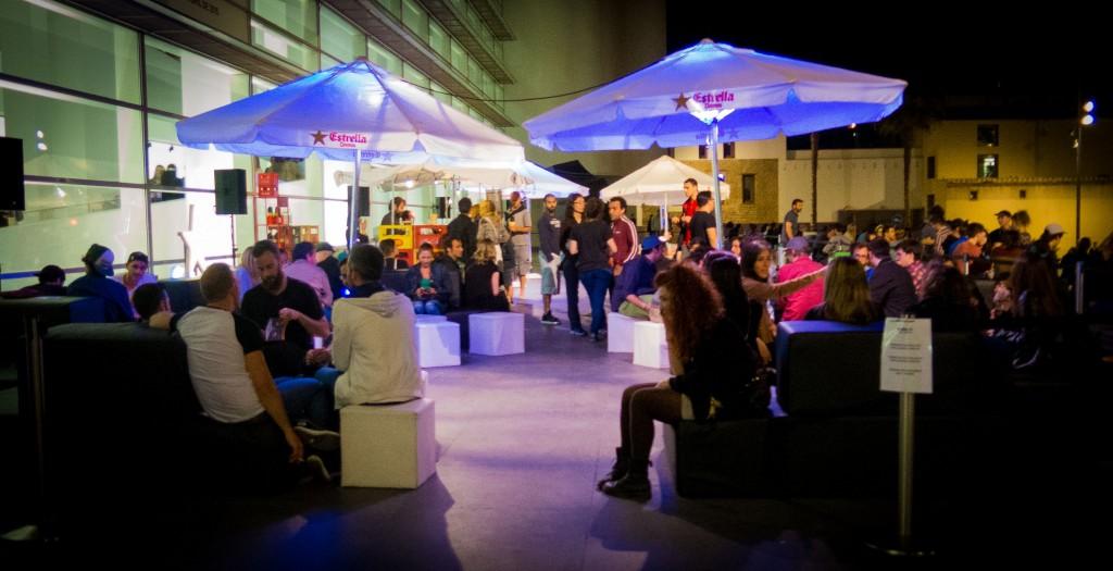 macba-barcelona-la-nit-dels-museus-2015-outside-patio (1 of 1)