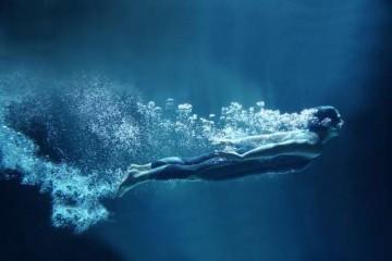 swimmer--under--water