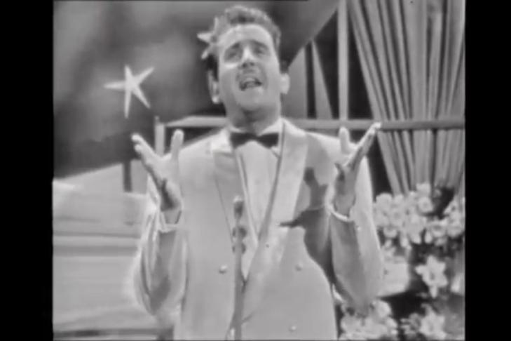 domenico-modugno-nel-blu-dipinto-di-blu-volare-eurovision-italy-1958.2