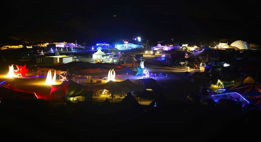nowhere-festival-spain-zaragoza-burning-man-night-time-LED-light-up