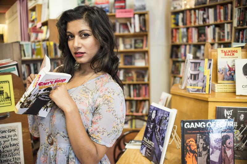 Sonia-Beautiful-Women-in-Bookstores-3