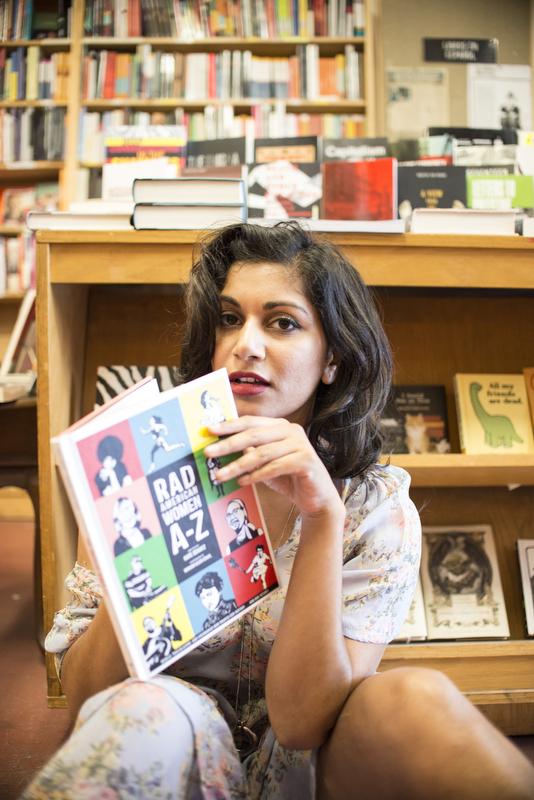 Beautiful-Women-in-Bookstores-Sonia-6