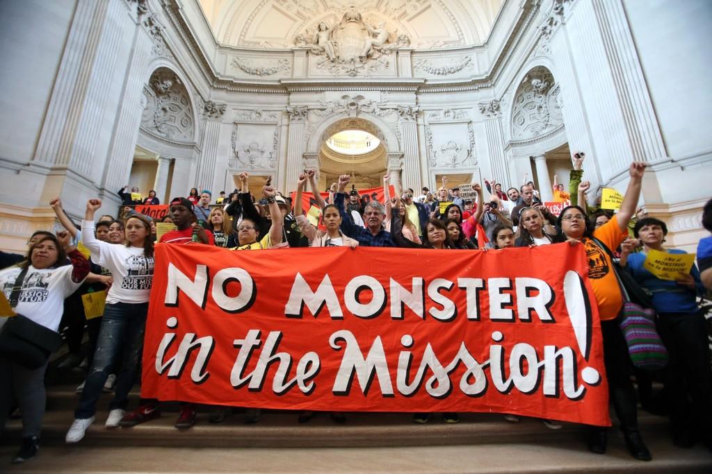 missionmoratoriumprotest050815_018