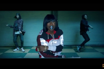 Missy-Elliott-WTF-video-blue-lipstick