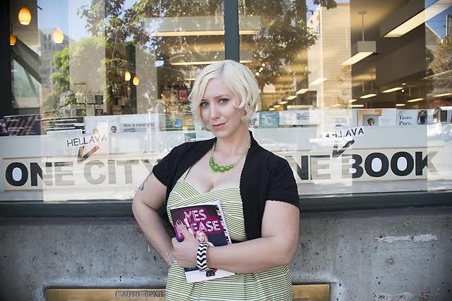 beautiful-women-in-bookstores-Kat-1