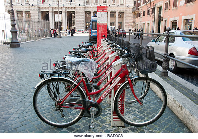 a-tourist-initiative-roman-bike-instigated-by-the-comune-of-rome-for-bad0c3