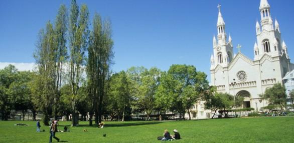 best-first-date-spots-san-francisco-washington-square-park