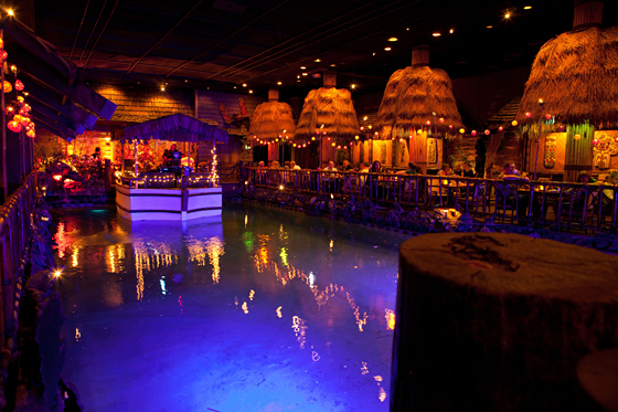 tonga-room560c-pool