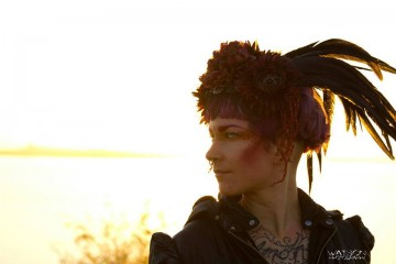 Headdress by Bubbles and Frown, MUA Leah Velocity, Photo: Kenneth Watson