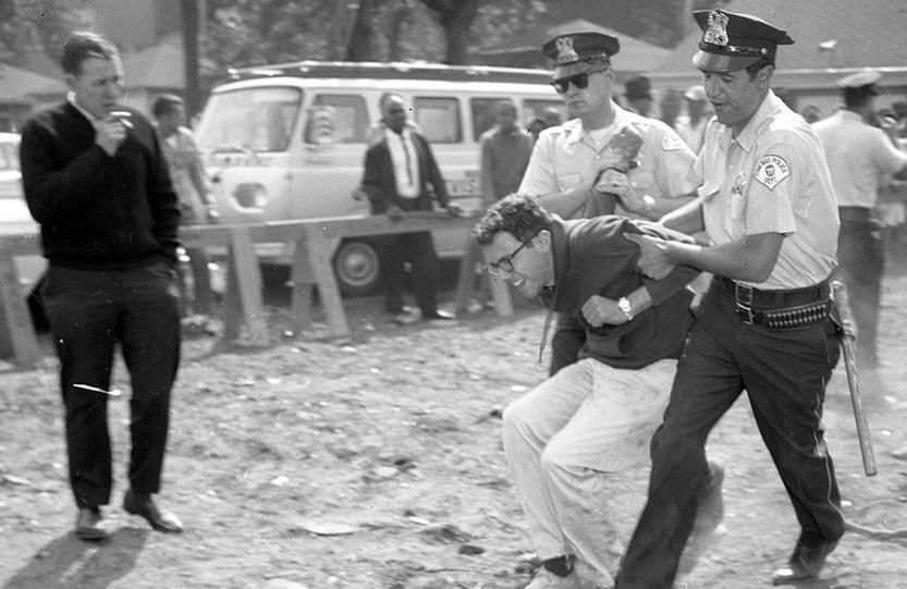 Bernie_Sanders_Arrested_1963_Chicago_Tribune