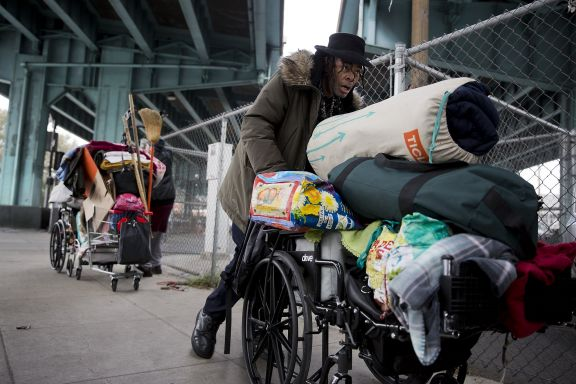 homeless-person-moving