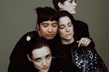 Savages-band