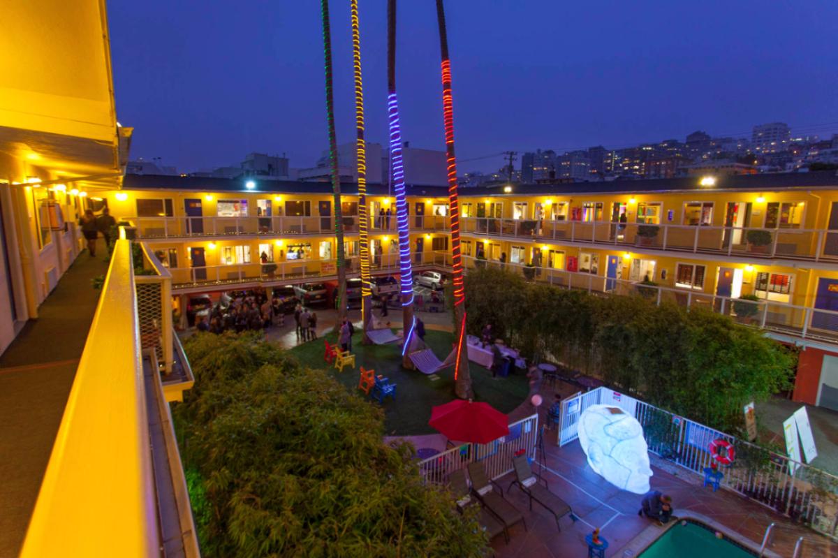 Independent Art Fair at Hotel Del Sol – a Joie de Vivre Hotel. Photo Mido Lee Productions