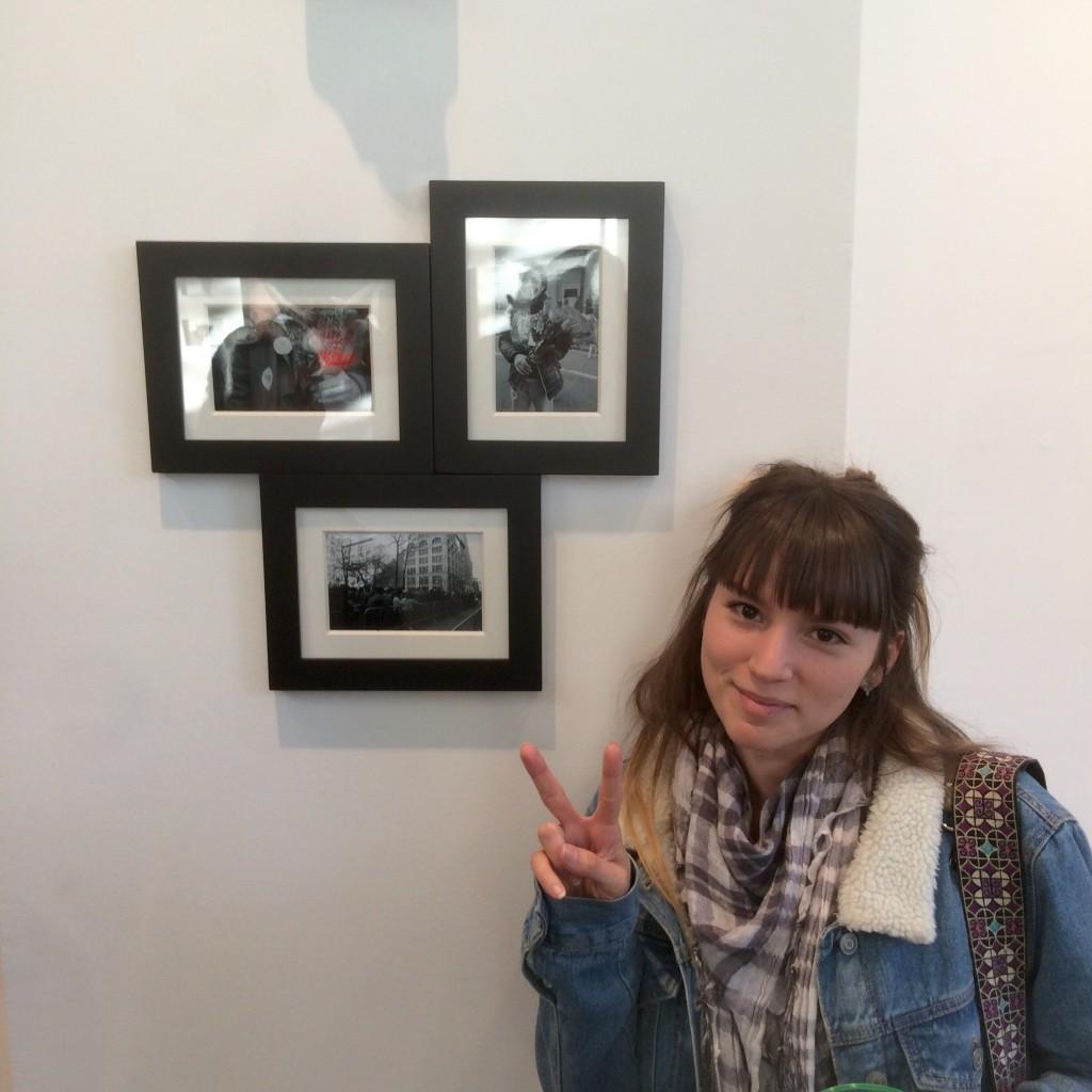 Michelle Fernandez with her photos.