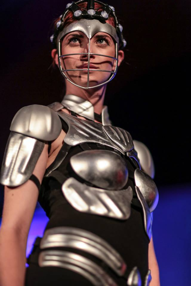 silicon-valley-fashion-week-metal-woman