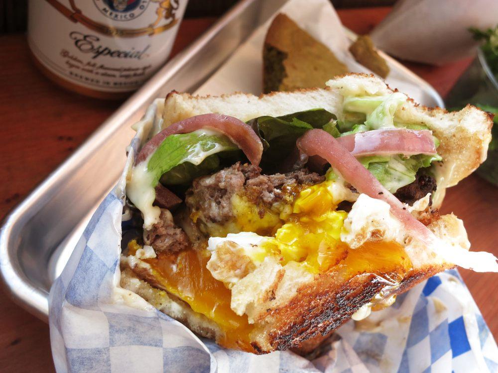 hamburger-dads-luncheonette