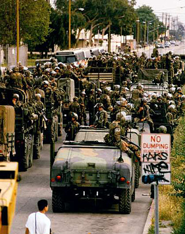 Marines at a staging area at Alameda and Elm streets in Compton. (May 3, 1992) (Karen Tapia / Los Angeles Times)