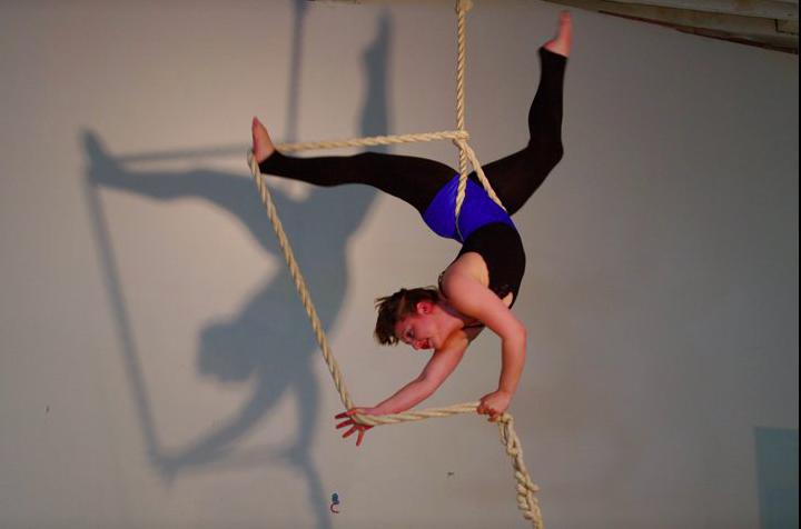 arial-ropes-circus